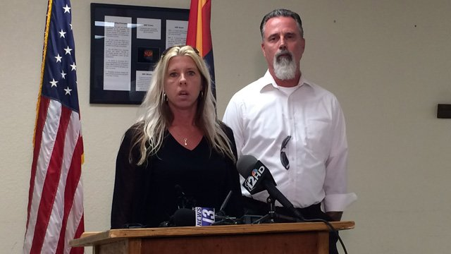 Some of the victim's family members address the media after the execution. (Source: CBS 5 News)