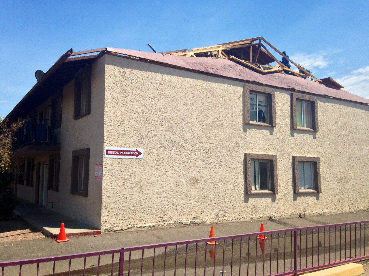 A roof collapsed at Running Brooks apartments Friday night. (Source: Christina Batson, cbs5az.com)