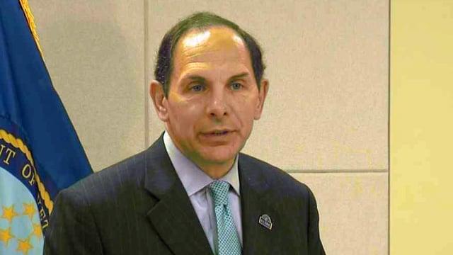 New VA Secretary Bob McDonald says a five-year wait for a new clinic in Phoenix is too long. (Source: CBS 5 News)