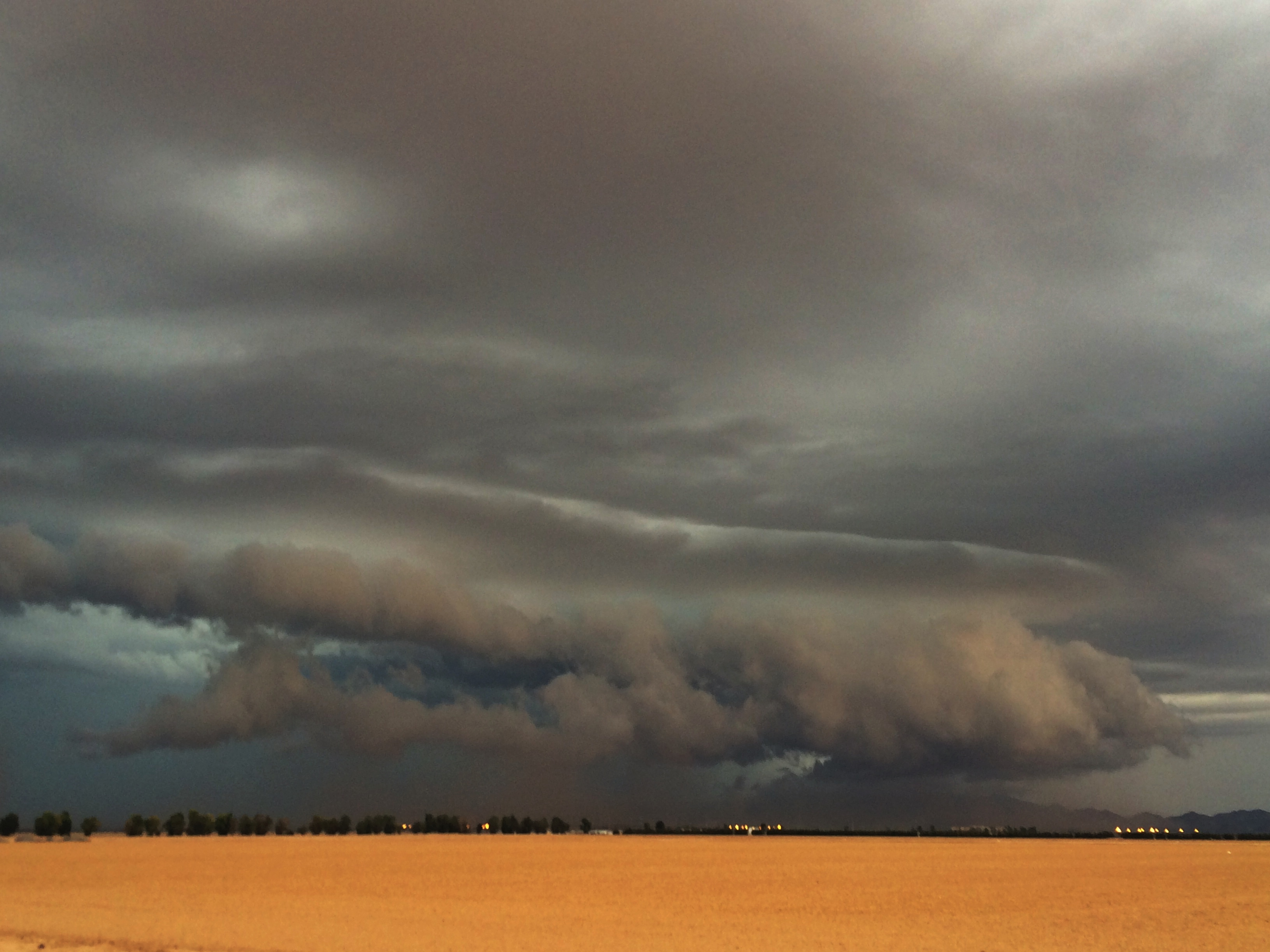 Shelf cloud (Courtesy of Bryan Snider)