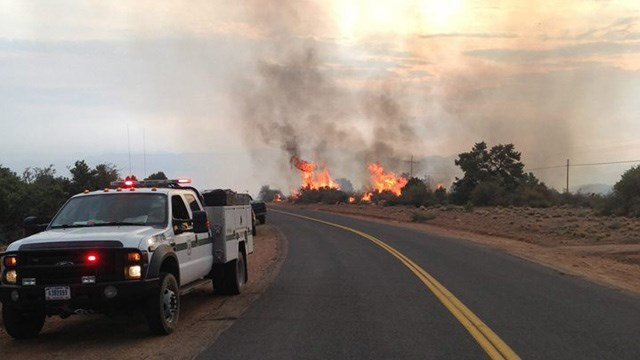 Officials say firefighters have contained about 25 percent of the Dean Peak Fire near Kingman. (Source: CBS 5 News)