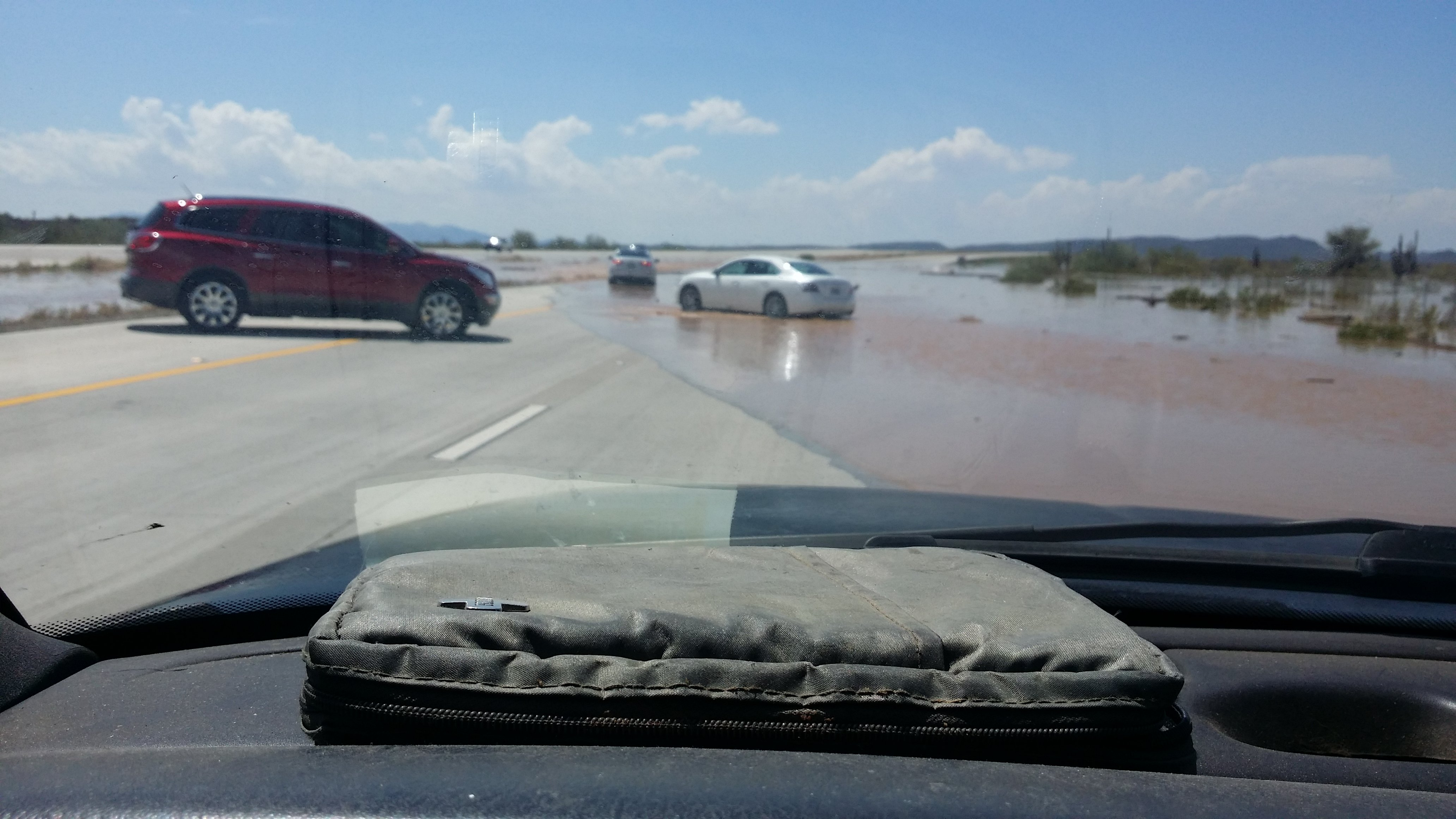 Flash flood on Loop 303 (Courtesy: Shawn Rael)