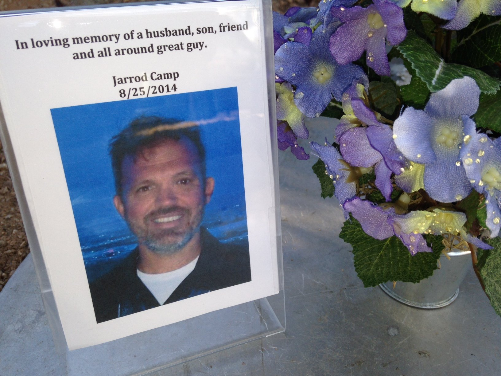 Memorial set up for Jarrod Camp (Source: CBS 5 News)