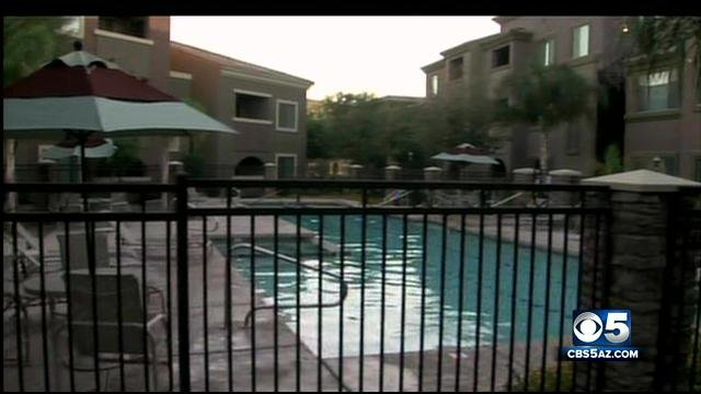 Near-drowning at Avondale swimming pool. (Source: CBS 5 News)