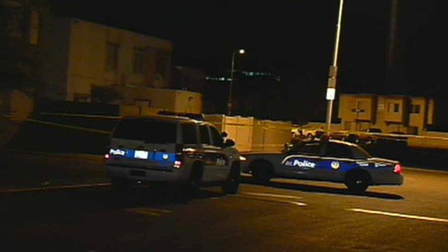 A man was found dead at these Phoenix town homes while he was partying with a group of teenagers. (Source: CBS 5 News)