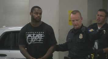 Jonathan Dwyer arrived for booking at the 4th Avenue Jail. (Source: CBS 5 News)