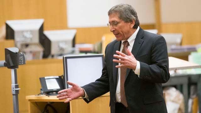 Prosecutor Juan Martinez cross-examines defense witness Dr. Miccio ...
