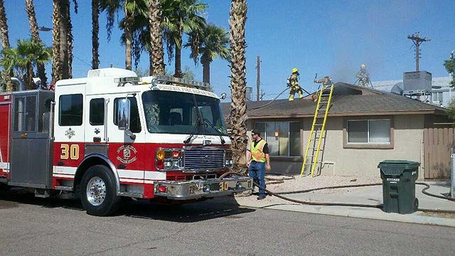 A fire damaged this vacant house in Phoenix on Friday morning. (Source: Phoenix Fire Department)