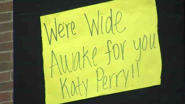 The students were awake and roaring for the TV audience in the early morning Monday. (Source: CBS 5 News)