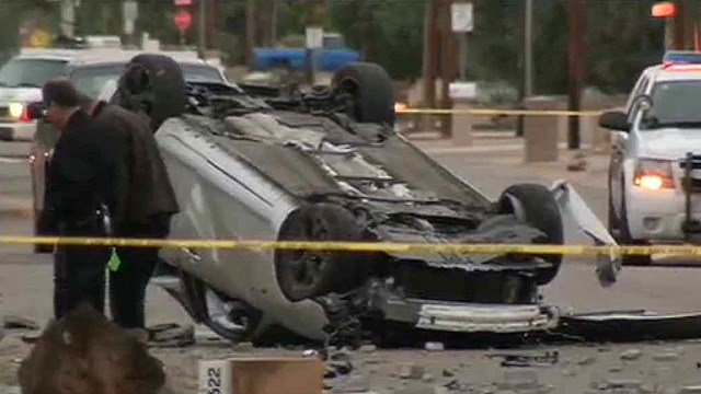 Phoenix police investigate a fatal rollover crash Wednesday morning. (Source: CBS 5 News)