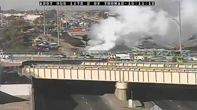 A vehicle fire has closed southbound I-17 at Thomas Road. (Source: Arizona Department of Transportation)