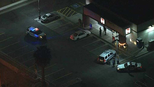 Chandler police said one man was shot in the face at this Chandler 7-Eleven on Wednesday night. (Source: CBS 5 News)