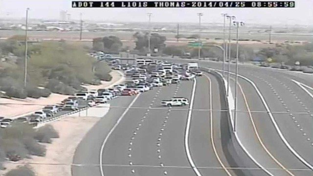 A police situation forced traffic to exit Loop 101 in Scottsdale at Thomas Road on Friday morning. (Source: CBS 5 News)