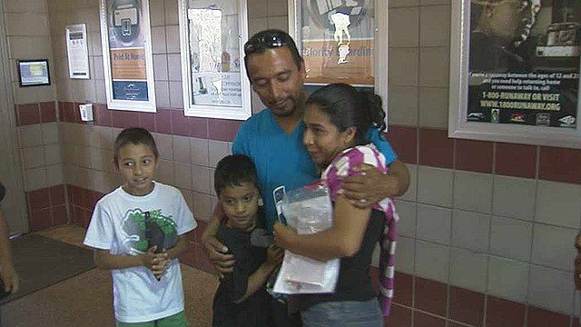 Daisy Castillo said she took a risk leaving her native country of Honduras just to reunite with her brother - and the son she hasn't seen in 10 years. (Source: CBS 5 News)