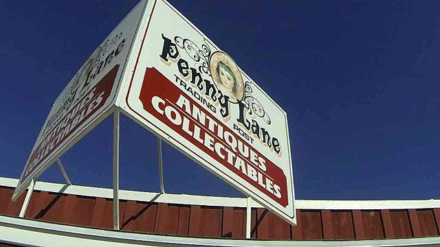 Anne Smirke opened Penny Lane Collectibles in Yarnell just two months ago, and business has been strong, she said. (Source: CBS 5 News)