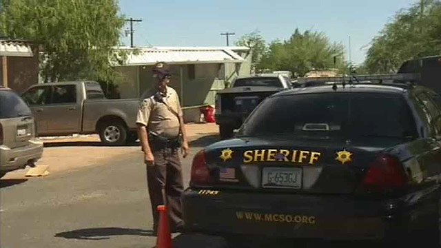 A woman was found beaten to death in this trailer park in Mesa. (Source: CBS 5 News)
